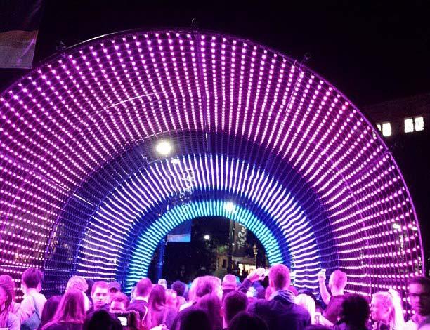 amazing festival of lights-at-sydney vivid festival